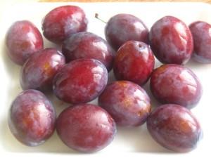 1. Prune bistrite